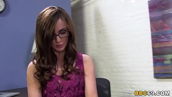 therapist lily carter bursts on good-sized.