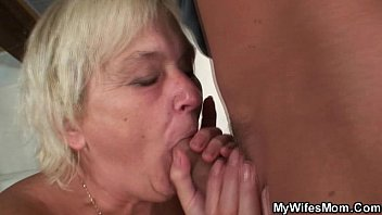 wifey catches him boning her older.