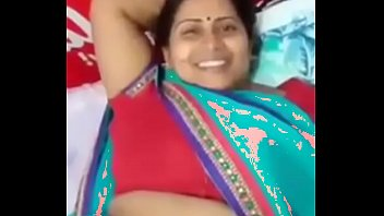 desi mature wifey randi flash slit