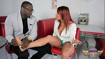 set ava devine bone piper 2hardcore.