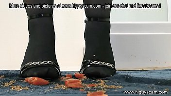 high high-heeled slippers and stocking crushing tomato stomp 1