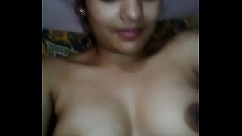 indian desi gal showcasing her nude.