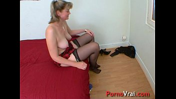 a very sex-positive family mommy gets pulverized french fledgling