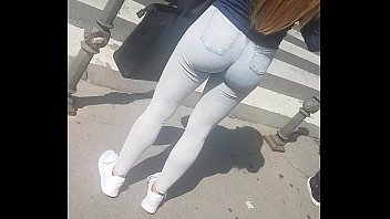 unbelievable scorching butt in public 1