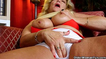 grandma039_s older and unshaved cunt needs to get off