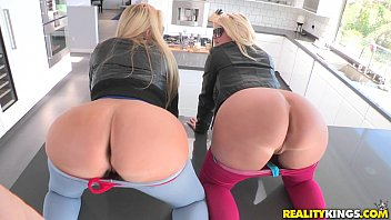 reality kings - two supah-steamy blondes.