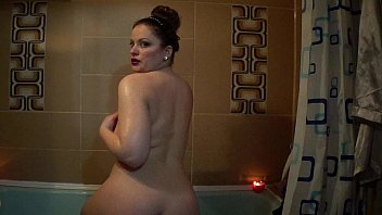 nude in douche trim vag-arse oil bod.