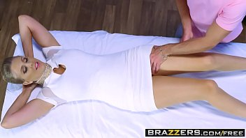 brazzers - filthy masseuse - julia ann and.