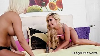 giant-boobed lesbos scissoring and smashing