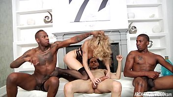 blondie mega-slut culo-pound gang-pounded by suspended.