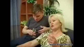 mature mom and sonny intercourse