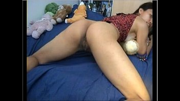 chinese dame undresses and plays for the camera alldacamsxyz