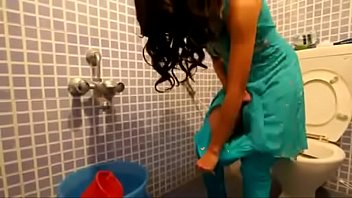 indian holding and pissing - peeing porno at.
