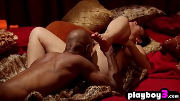 ebony swinger duo loves tearing up with other couples