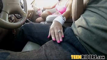 carsex with nadia capri - road head from.