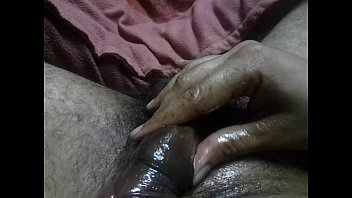 indian boy draining and wails phat.