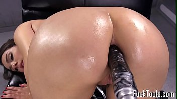 fat-chested machine cutie luvs anal penetration.